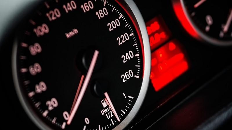 スピードは?